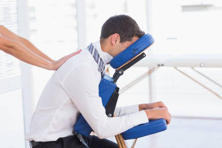 Massage assis en entreprise a Geneve